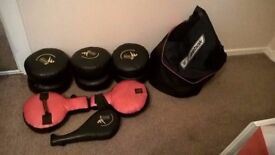 BOXING TRAINING KIT: PUNCH, KICK PADS AND SET OF GLOVES & TRAINING BAG