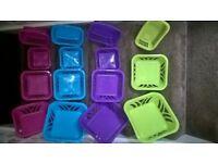 250 new plastic baskets
