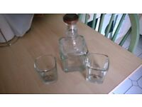 **Jack Daniels decanter & 2 glasses & Bulb Glass**