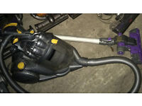 dyson dc08 cylinder vacuum cleaner , in good working order !!! bargain