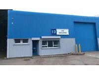Industrial Unit to let / warehouse 2500 SQF