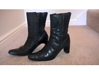 Ladies Black Leather Ankle Boots with zip Size 5, used but still vgc