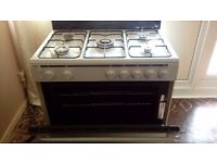 A LOVELY WHITE GAS RANGE COOKER