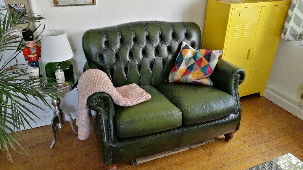 Two Seater Leather Chesterfield Sofa Thomas Lloyd Dark Green In Limehouse London Gumtree