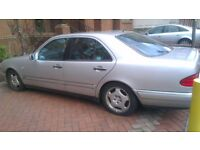 Mercedes model E230 Avantgarde, full leather, year 1997, petrol,128,000 miles. ( Spare or repair)