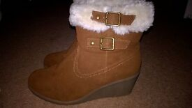 ladies wedge heel ankle boots size 7