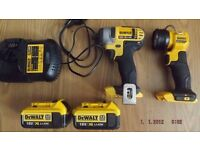 Dewalt 18v XR Impact Driver DCF885 XR, 2 Batteries, Charger & Torch
