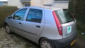 fiat punto 2002 ..new battery and 2 front tyres..mot til 21/09/18..86264 mileage