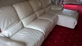 CREAM 4 SEATER LEATHER SOFA WITH ELECTRIC RECLINER