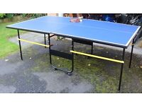 Fold away Table Tennis table with net, 4 bats and 2 ping pong balls