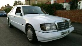 Mercedes W124 1992 2.0 PETROL AUTOMATIC OUTSTANDING CONDITION **RUST FREE***