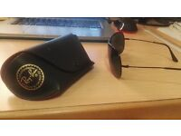 Mens Raybans with case, unscratched, perfectly straight - Bargain