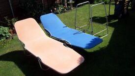 3no vintage sunbeds