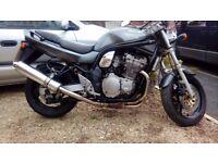 Suzuki bandit gsf 600x