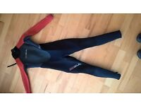 child full wetsuit, suit 8-10 yr