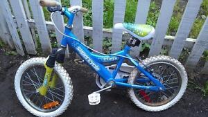 Vélo supercycle 16 pouces suspension avant