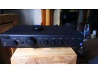 Arcam Alpha 8r stereo amplifier (excellent condition)