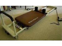 Pilates performer machine