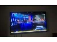 "Samsung 43"" HD 3D TV built in Freeview, Sound Bar and Wall Bracket"