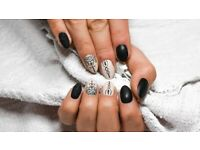 Manicure, pedicure and gels to your home