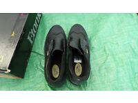 Hi tec golf shoes size 8