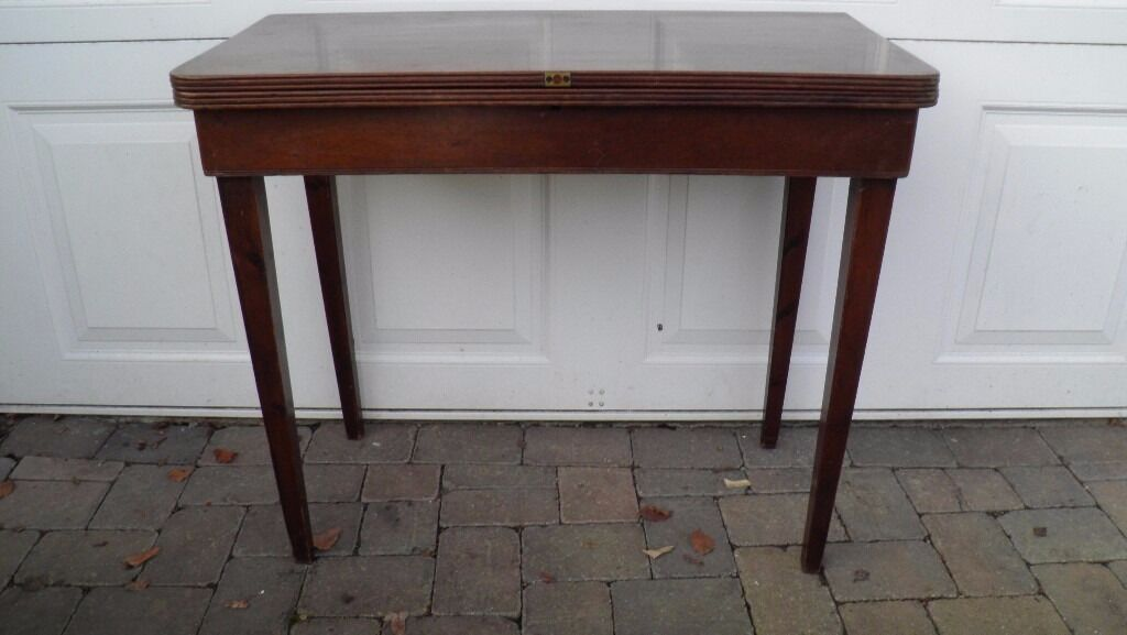 Vintage solid oak unusual swivel top extending dining for Unusual extending dining tables