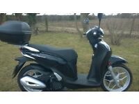 2015 SH 125 Mode ANC Scooter in Poseidon Metallic Black