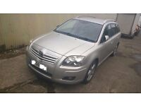 Toyota Avensis 2007 2.2d breaking for parts only