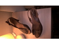 Brown leather slingbacks - size 7