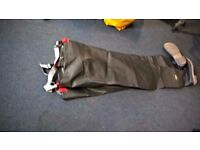 waders size 9 as new,hardly worn