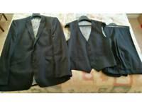 Next Italia Suit