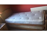 Single bed with guest bed below. 1 mattress included