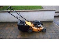 honda lawn mower 4.5 125 self drive ie wheels turn on back to propell easy pushing