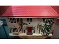 Dolls House Triang 1950-1960, sliding doors, plasticred roof