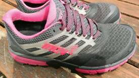 Running Shoes Inov8 size 6 (39)