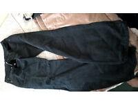 levi 501 black jeans 32 waist/34 inside leg