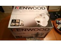 KM 280 Kenwood white. Boxed set Inc. 1 acrylic Blender attachment + 1 KM280 mixer & tools 900 watts