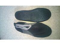 size 10 mens diving shoes