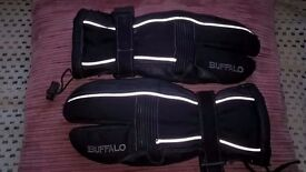 Buffalo webbed motorcycle gloves
