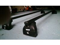 Peugeot 5008 Thule lockable roof bars
