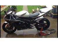 Yamaha yzf R1 1000cc supersports bike