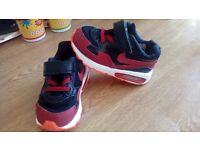 Toddler nike airmax size 5.5 and clarks size 5