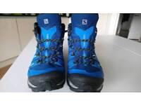 Salomon x-ultra walking boots GORE TEX