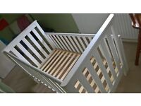 Mothercare Jamestown Cot bed white £30 Solid/sturdy