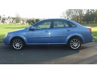 daewoo automatic cdx 4 dr f/s/history 40000 mls only sat nav air/con c/l,e/w,e/m,radio/cd.v/nice car