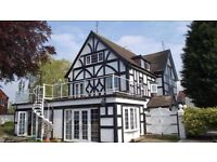 Stunning 5 bed detached large house with Salon Games room and Gym for rent