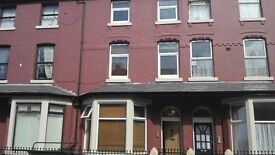 Studio Flat To Let - Balmoral Terrace, Fleetwood - includes electric & heating