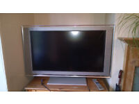 Sony wide screen TV 35x20 inches