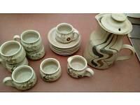 Larbert Pottery retro 15 piece coffee set