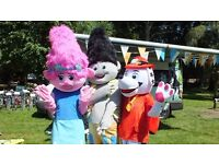 Party essentials for your events! (mascots, photography, face painting, balloons and decoration)